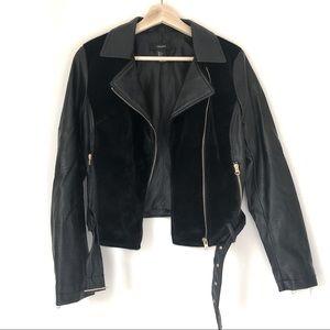 F21   Vegan Faux Leather / Fur Moto Jacket w Belt